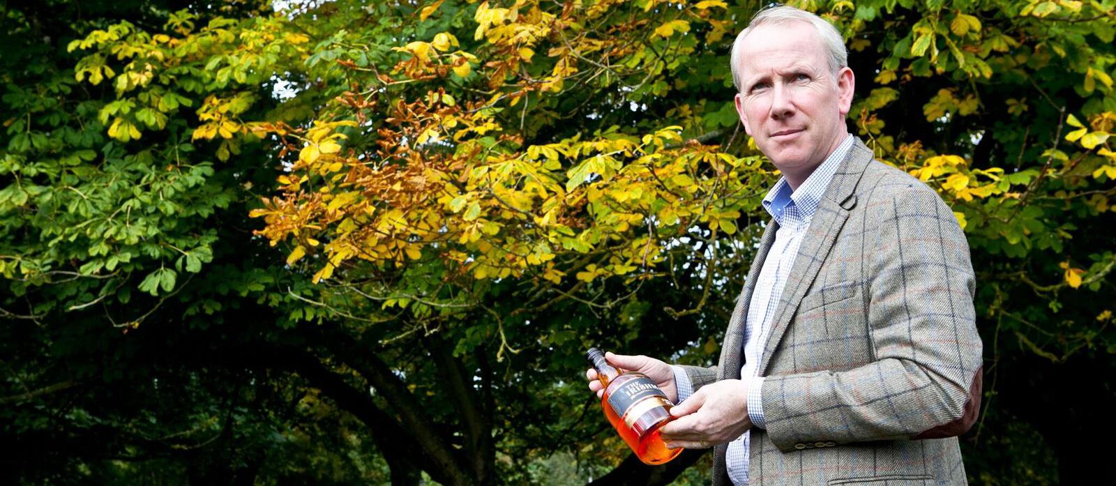 Bernard-walsh-The-Irishman-Netflix-Whiskey-Irlandais Whisky du monde